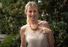 Emanuela collana legno