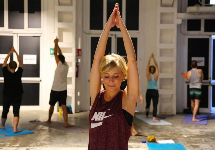 BASE stabilimento Yoga
