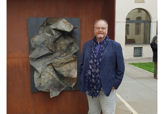 Claudio Crescentini uno dei curatori della mostra Di Antonio Fraddosio