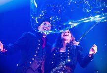 Bubbles revolution Marco Zoppi e Rolanda.jpg