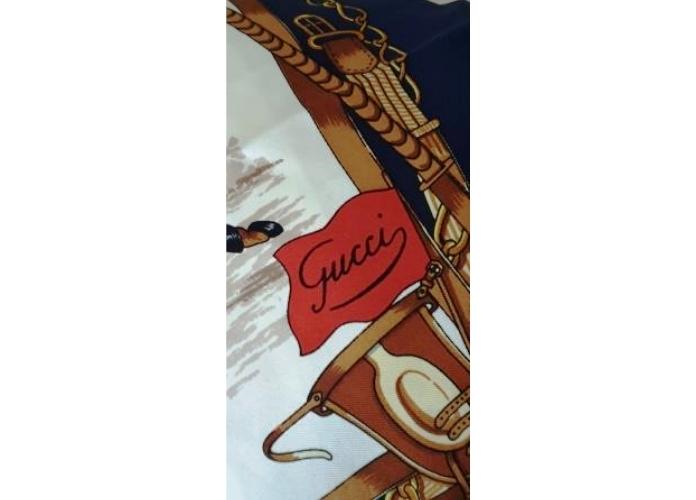 Mycultureinblog come vestriesi con questo pazzo clima? fashion foulard Gucci vintage
