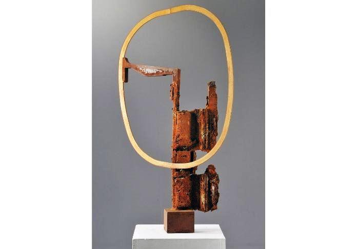 Alex Corno,protagonista a Brufa 2019, è in mostra anche con Saturn, 2010, cm 105 x 59 x 17, ferro
