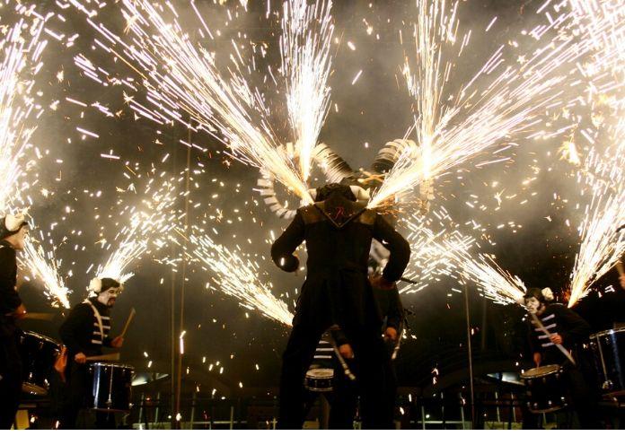 Cie Deabru Beltzak_ Les_Tambours_de_Feu saranno alla festa di Roma per il Capodanno 2020
