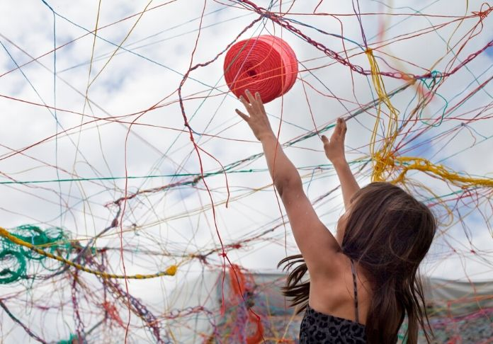 Collective strings è una delle installazioni alla Festa di Roma per il Capodanno 2020