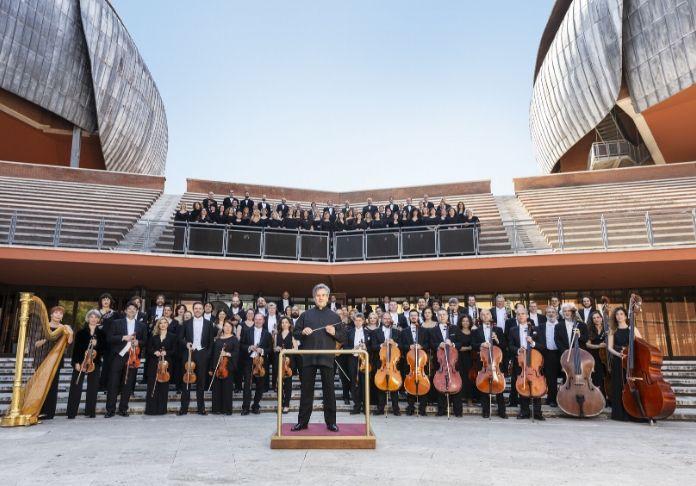 Orchesta-e-Coro-dellAccademia-di-Santa-Cecilia-allAuditorium-Parco-della-Musica-con-il-Maestro-Pappano per i 250 anni dalla nascita di Beethoven