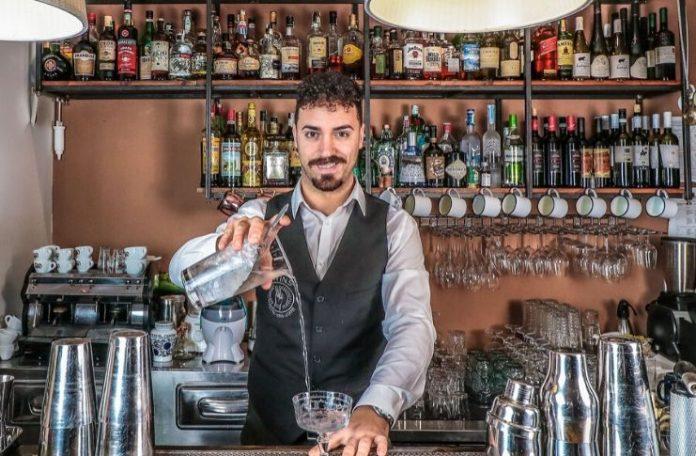 Ugo Acampora ha pensato il drink Outlaw ispirato al film Lawless