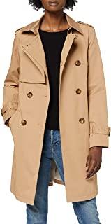 il trench beige è un classico che risolve gli outfit dell'autunno fashion