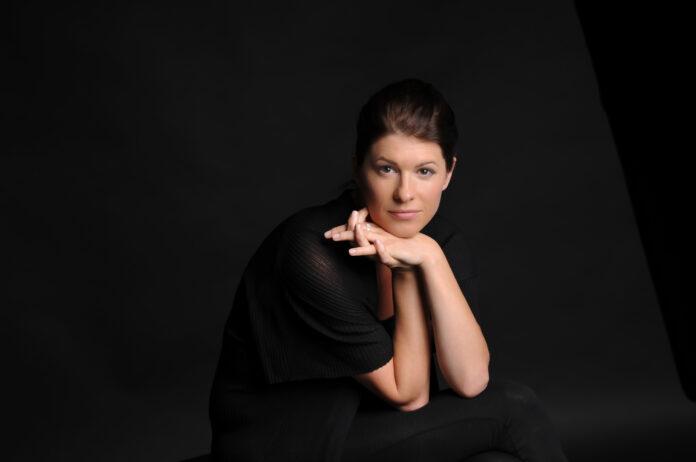 Stefanie Iranyi canta CAJKOVSKIJ E BERIO DIRETTI DA SARASTE