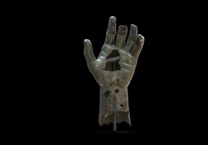@musei capitolini foto di zeno colantoni 2 la mano di costantino senza le due falangi